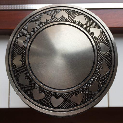 Goedkope urn zilveren hartjes bovenaanzicht