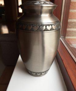 Goedkope urn zilveren hartjes