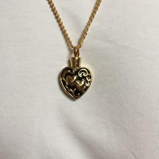 Ashanger hartje gouden