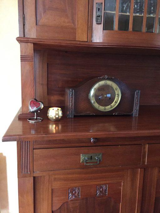 Hartvormige urn thuis