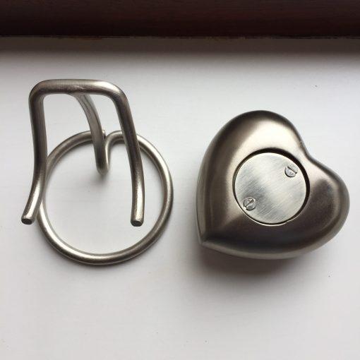 Mini urn hart achteraanzicht