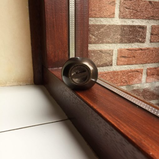 Mini urn traan onderaanzicht