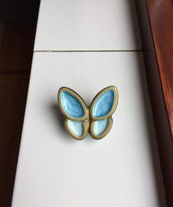 Mini urn vlinder