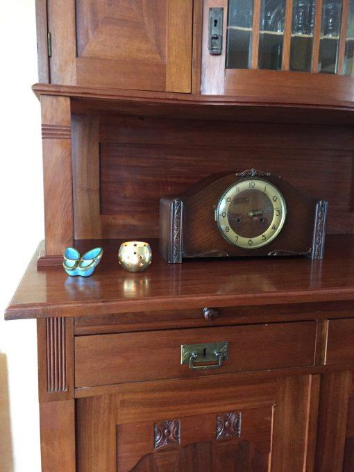 Mini urn vlinder thuis