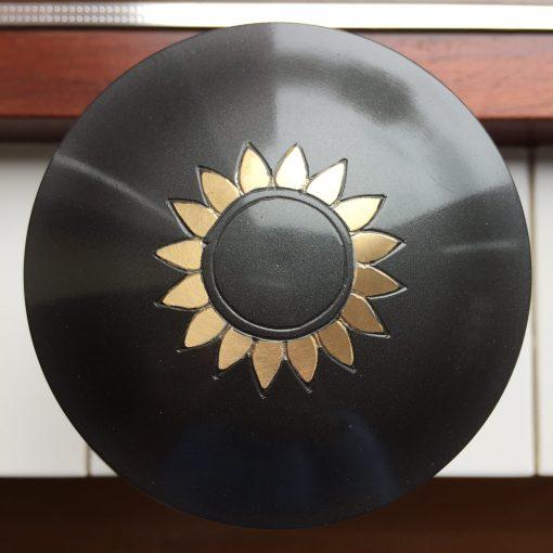 Urn met zonnebloem bovenaanzicht